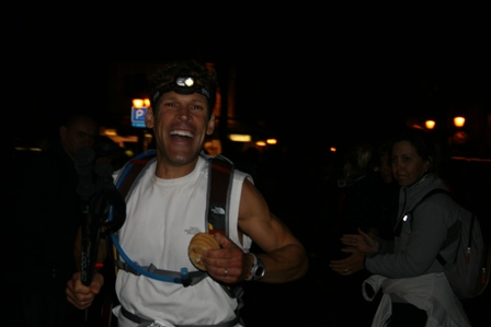 Ultra-marathon man, Dean Karnazes flashes that briliant smile.