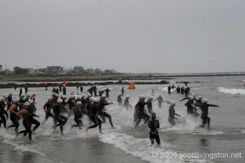 Men's 35-39 Swim Start
