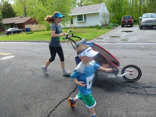 2013_Mother's Day Dash 14
