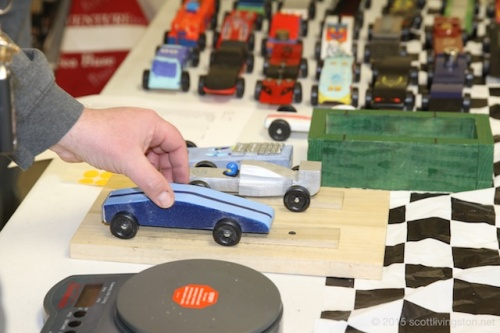 2015_Pinewood Derby14
