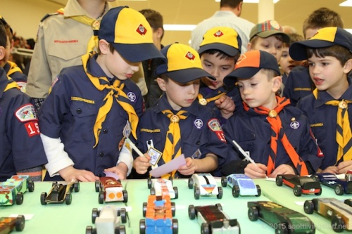 2015_Pinewood Derby44