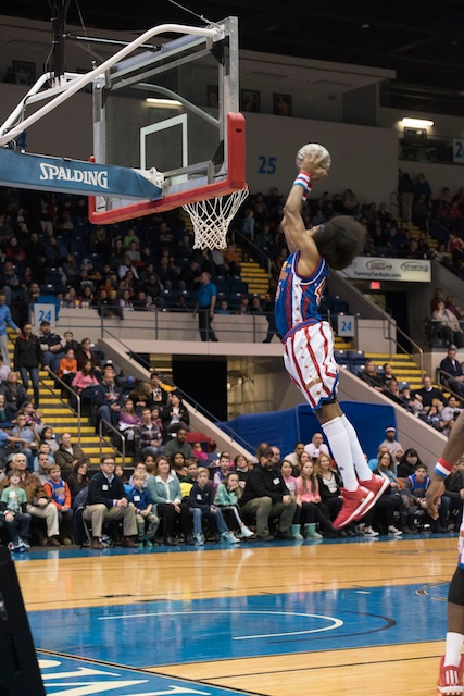 2014_YPO Shoot the Rock-Harlem Globetrotters Event 16