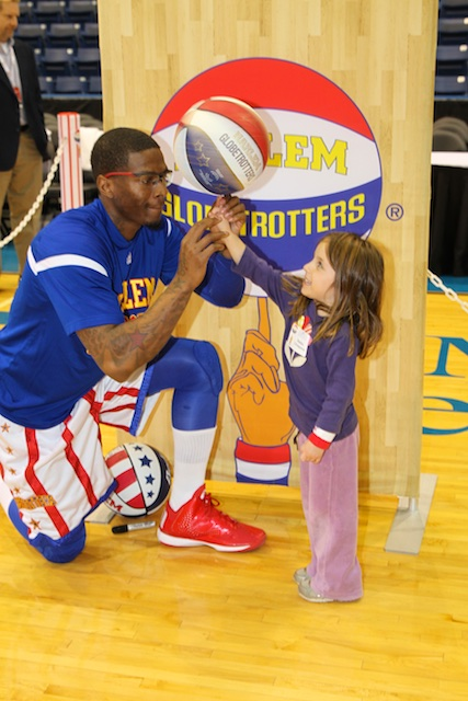 2014_YPO Shoot the Rock-Harlem Globetrotters Event 2