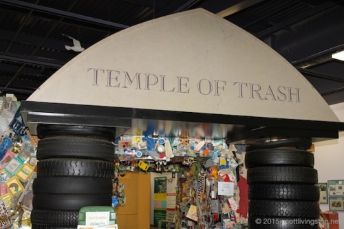 2015_Trash Museum Tour77